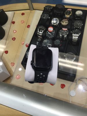 Series 4 Apple Watch for Sale in Pearl, MS