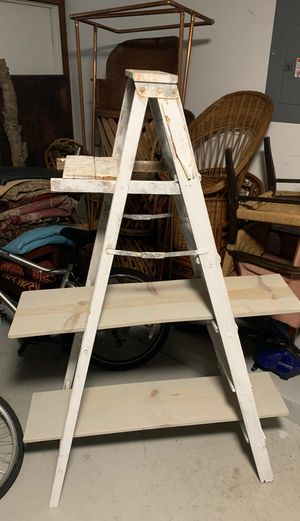 Vintage ladder shelf for Sale in Aloma, FL