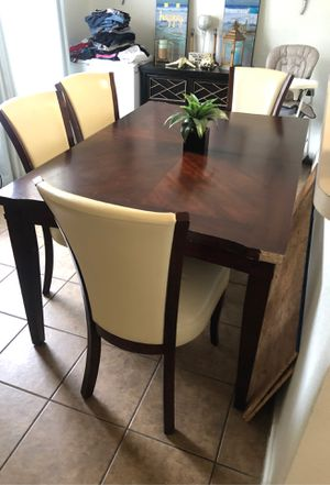 Kitchen table with 4 chairs for Sale in Palm Bay, FL