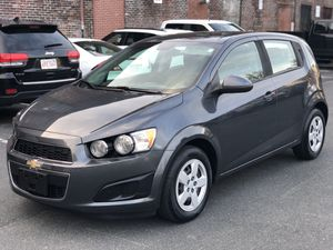 2013 CHEVY SONIC 49k MILES $4995 LIKE NEW / ONE OWNER *** WE FINANCE EVERY ONE *** *** FALAMOS PORTUGUÊS *** for Sale in Everett, MA