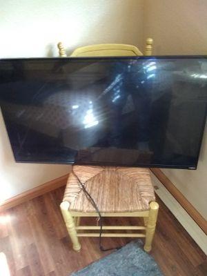 "47"" Visio smart TV.... for Sale in Phoenix, AZ"