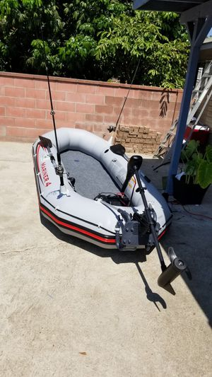 Mariner 4 inflatable boat. for Sale in Garden Grove, CA