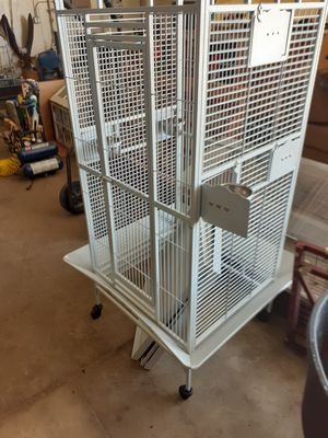 Bird cage for Sale in North Ridgeville, OH
