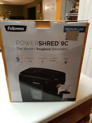 Fellowes Powershred 9C 9-sheet Cross-Cut Shredder for Sale in O'Fallon, MO