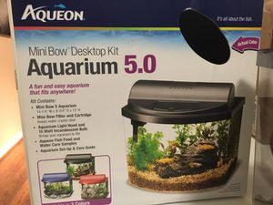 5 Gallon Fish Tank Set for Sale in Leesburg, VA