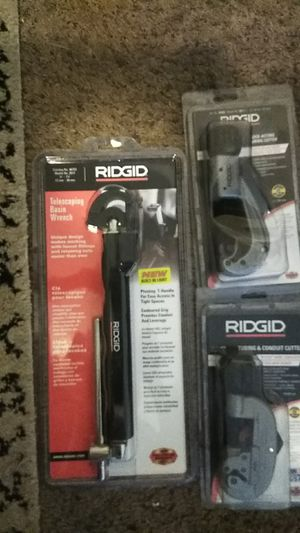 RIDGID BRAND/ Telescoping Basin Wrench/Quick Acting Tubing Cutter/Rapid adjustment Smooth, Fast Cuts/ Tubing an Conduct Cutter X-CEL KNOB QUICK CUTTER for Sale in Seattle, WA