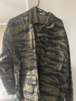 Tiger Camo Shirt tactical military longsleeve XL for Sale in Gig Harbor, WA