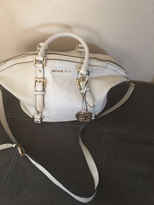 Original MK bag offer me !! for Sale in East Los Angeles, CA