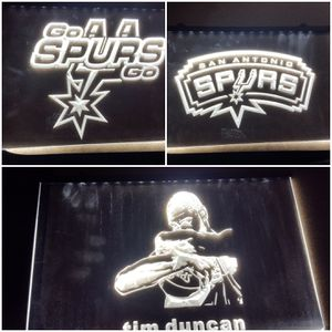 8x11 inch San Antonio Spurs lighted signs for Sale in San Antonio, TX