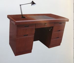 Assembled solid wood office desk for Sale in Queens, NY