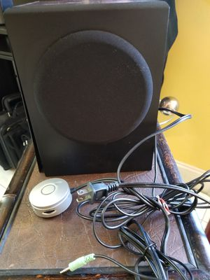 INSIGNIA SPEAKER for Sale in Miami, FL