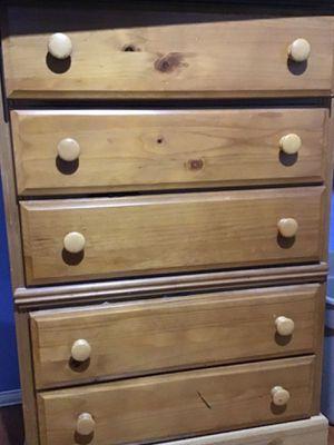 Dresser chest for Sale in Dallas, TX