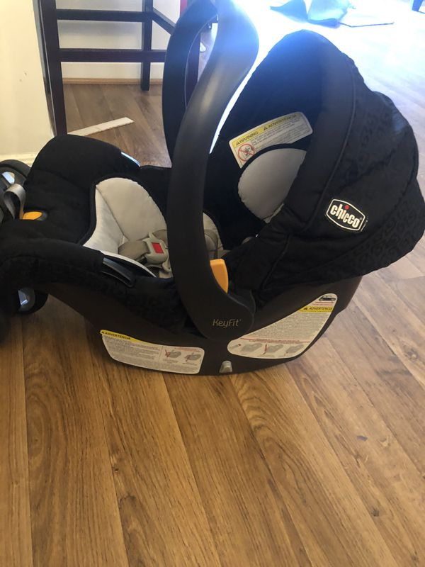 Chicco Carseat & Caddy