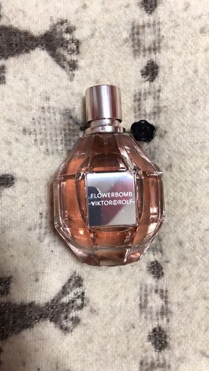 Flowerbomb Fragrance for Sale in Jersey City, NJ