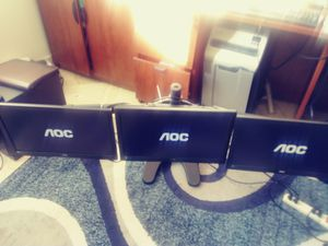 "Monitors AOC 20"" x 3 with curve back Stand for Sale in Pompano Beach, FL"