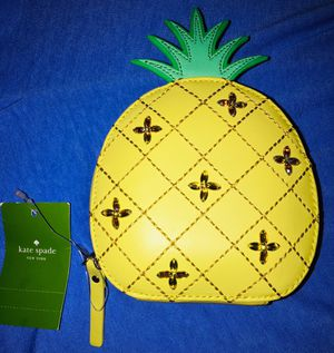 *BRAND NEW* Limited Edition Kate Spade Pineapple Coin Purse NO PICKUP SHIPPING ONLY ! for Sale in South Gate, CA
