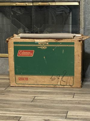 VINTAGE COLEMAN COOLER NEW for Sale in Corona, CA