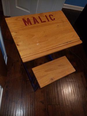 Kids desk for Sale in Palos Hills, IL