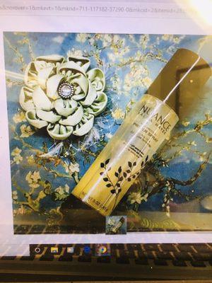 Nuance salmahayek ( Soy Protein ) Prime spray 5 oz for Sale in Pine Bluff, AR