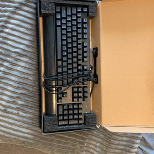 Red dragon K557RGB keyboard for Sale in Charles Town, WV
