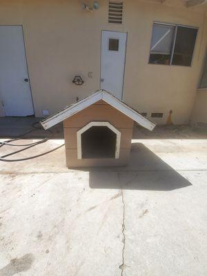 Dog house for Sale in Hemet, CA
