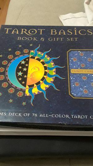 Tarot basics book & gift set. for Sale in Oak Park, IL