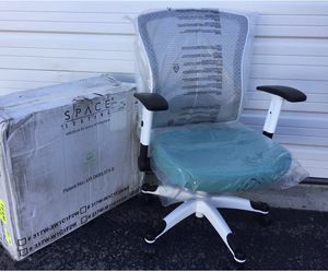 New office chair for Sale in Columbus, OH