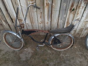 Low rider bike for Sale in Bakersfield, CA