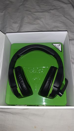 Turtle beach headset 700 comes with charger works perfect for Sale in Pomona, CA