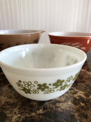 3- Pyrex Bowls for Sale in Port St. Lucie, FL