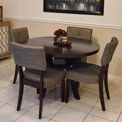Elegant Dining Table With Chairs for Sale in Los Angeles,  CA