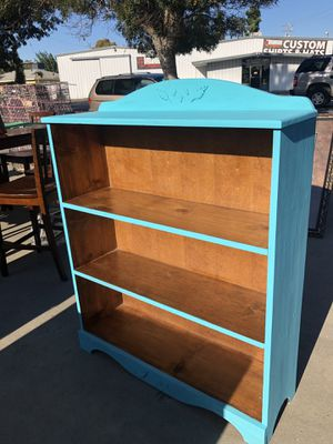 Solid wood bookshelve for Sale in Merced, CA