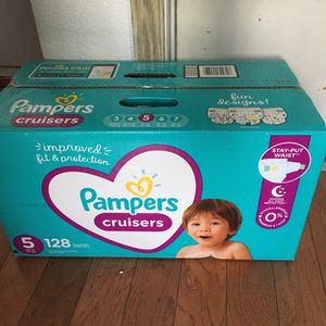 Pampers Cruisers SIZE 5 132 pañales for Sale in Long Beach, CA