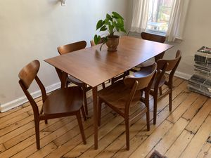 West Elm Dining Table and Chairs set for Sale in Brooklyn, NY