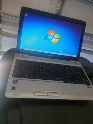 TOSHIBA LAPTOP WiFi AMD VISION 2GHZ 3GB 80GB Window 7 Home & Wird Excel Power Point for Sale in Ocoee, FL
