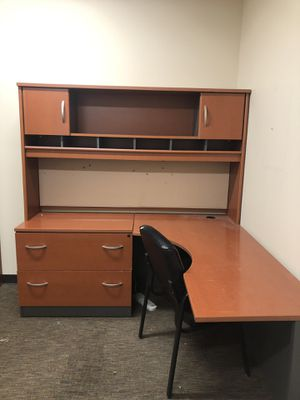 Large desk L-Shape w/ hutch and filing cabinet. Huge work surface. for Sale in Albuquerque, NM