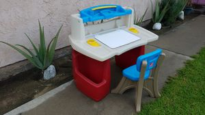 Kids desk and chair for Sale in Ontario, CA