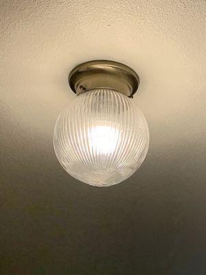 Gold base flush light $5 for Sale in Leavenworth, WA