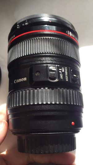 Canon 24-105 F4 L for Sale in Hyattsville, MD
