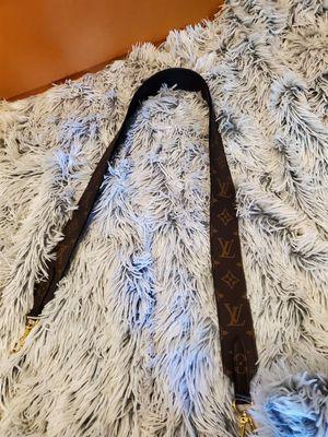 Louis vuitton strap for Sale in Des Moines, WA