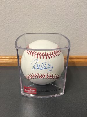 Bobby Valentine Signed Baseball and Ball Cube for Sale in St. Petersburg, FL