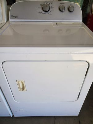 NEWER STYLE WHIRLPOOL DRYER GAS for Sale in Laguna Beach, CA