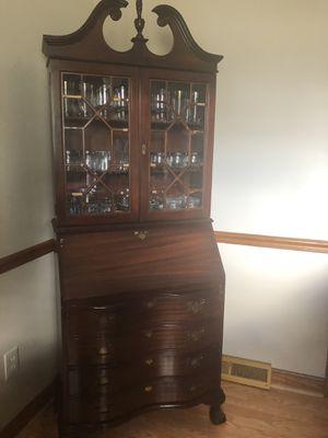 Hutch with desk for Sale in Mechanicsville, VA