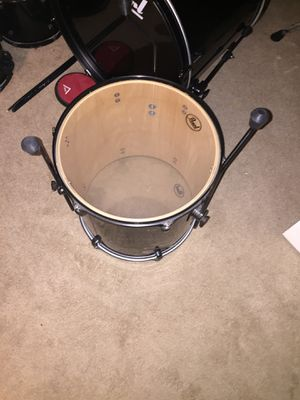 Sound check pearl drum set for Sale in Hazelwood, MO