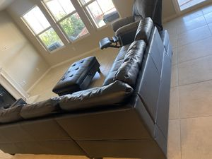 Black couch and recliner sold together for Sale in Lake Elsinore, CA