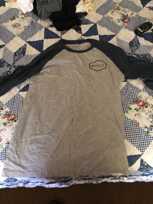 RVCA Baseball Tee Size Small for Sale in Fountain Valley, CA
