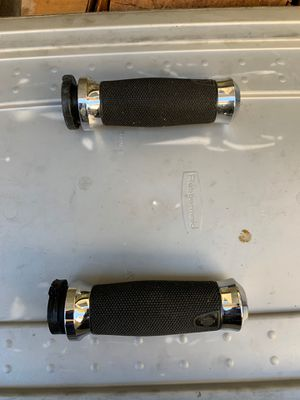 Harley Davidson handle grips for Sale in Carson, CA
