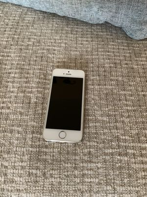 iPhone 5 and droid phone for sale for Sale in Hayward, CA