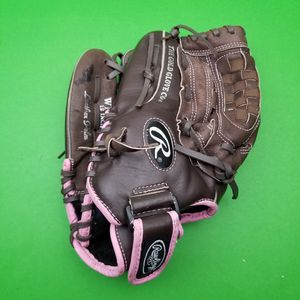 "Woman's Fastpitch Softball Glove Rawlings WFP120 12"" LHT Pink Trim w Basket Web for Sale in Hephzibah, GA"
