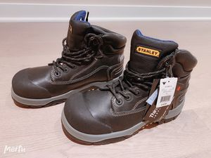 Brand new men's safety work boots-size 9 for Sale in Mercer Island, WA